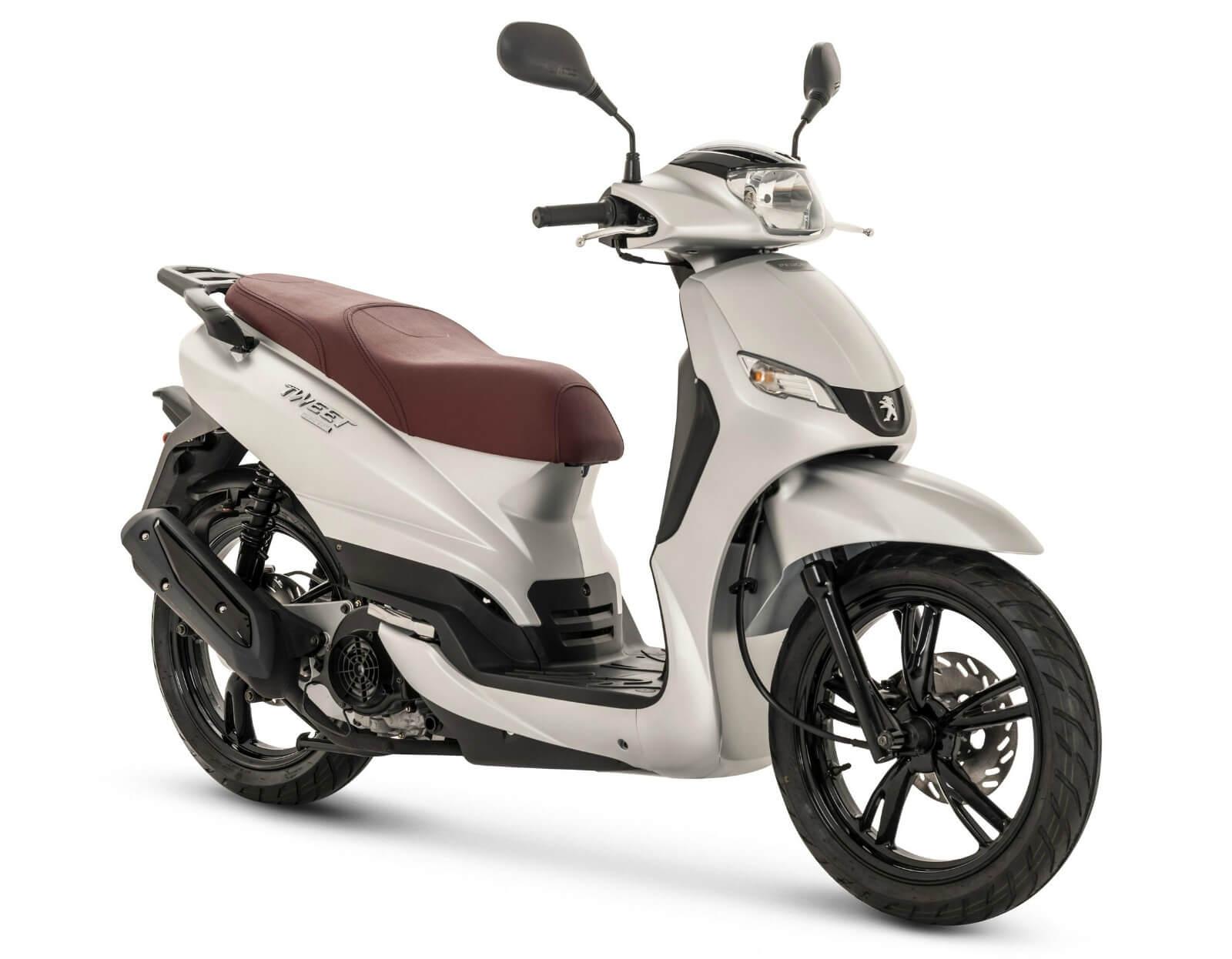 Peugeot tweet moto renting a domicilio
