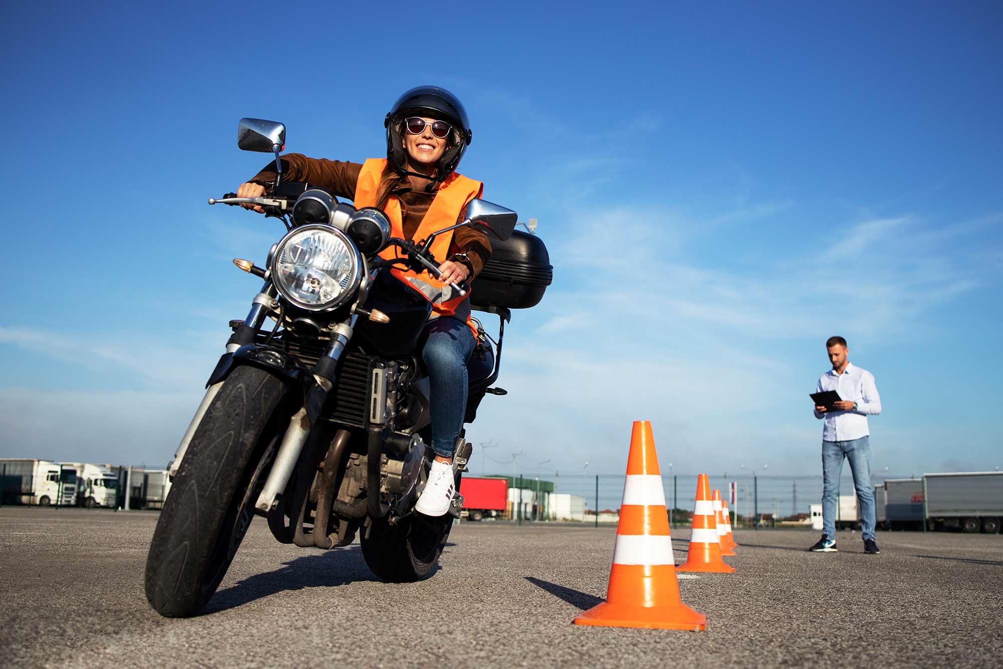 Tipos de carnet de moto: ¿cuáles puedo conducir según el carnet?